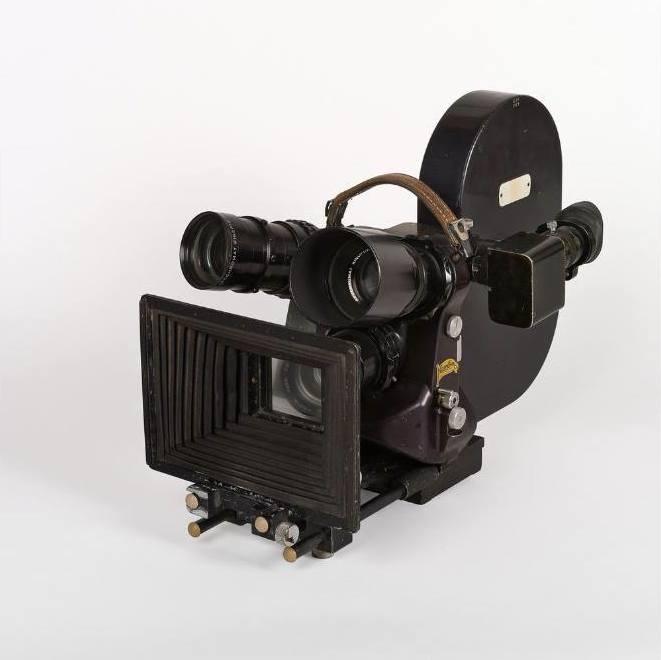 La caméra 35 mm Caméflex Éclair-Coutant, Paris, 1947
