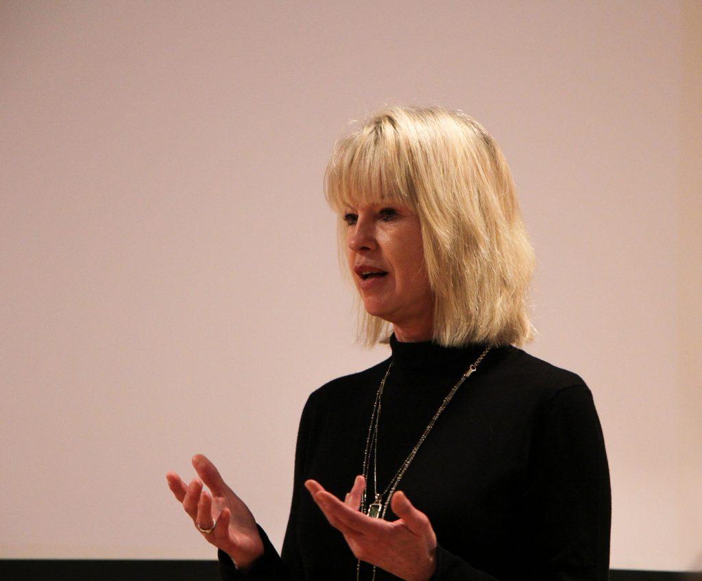Notre intervenante Nathalie Debroise, photographe et professeur de cinéma et de littérature à l'Université Américaine de Pairs